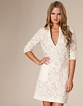 Nouveaute Dress SEK 2395, Day Birger et Mikkelsen - NELLY.COM