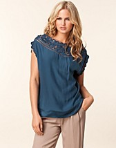 Toppar , Day Sarah Blouse , Day Birger et Mikkelsen - NELLY.COM