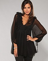 Ruffels Dress SEK 1499, Traffic People - NELLY.COM