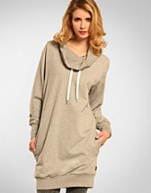 keira Long Sweatshirt SEK 799, WESC - NELLY.COM