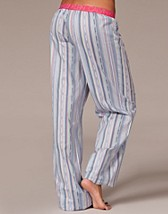 Wovens Rollup Pant SEK 399, Calvin Klein - NELLY.COM