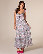 BELLE Dress SEK 949, Pepe Jeans - NELLY.COM