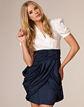 Frances Drape Dress SEK 1195, Fever London - NELLY.COM