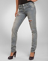 Milano Jeans SEK 699, D Brand - NELLY.COM