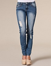 Sara Ripped Jeans SEK 699, D Brand - NELLY.COM