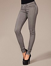 Kissy Lenngings SEK 399, Dr Denim - NELLY.COM