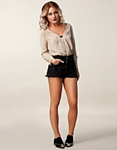 Housut & shortsit  , Motor Shorts , Angelica Blick for NLY TREND - NELLY.COM