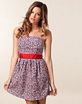Klnningar , Elle Floral Dress , Hilfiger Denim - NELLY.COM