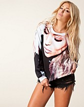 Gensere , Awesome Photo Sweater , Fanny Lyckman For Estradeur - NELLY.COM