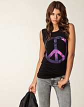 Tops , Peace Galaxy Print Top , Ax Paris - NELLY.COM
