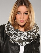 Milano Scarf SEK 69, Nelly Accessories - NELLY.COM