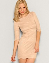 Macy Lace Dress SEK 249, Jeane Blush - NELLY.COM
