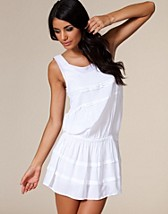 Angel Dress SEK 259, Jeane Blush - NELLY.COM