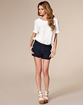 Brianna Shorts SEK 249, Jeane Blush - NELLY.COM