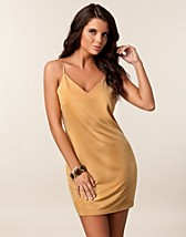 Party dresses , Elvira Dress , Jeane Blush - NELLY.COM