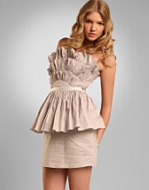 Fan Pleat Dress SEK 269, Lipsy - NELLY.COM