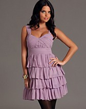Tiered Dress SEK 1149, Lipsy - NELLY.COM