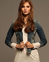 Sinna Jacket SEK 2399, Nolita - NELLY.COM