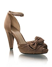 Slough SEK 199, Nelly  Shoes - NELLY.COM