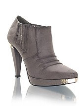 India SEK 399, Nelly  Shoes - NELLY.COM