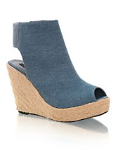 Base SEK 349, Nelly  Shoes - NELLY.COM