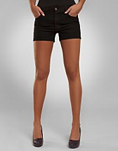 Spring Jeans Shorts SEK 399, Cheap Monday - NELLY.COM