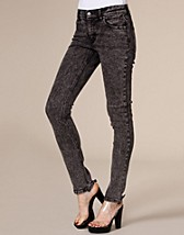 Tight Black Ice Jeans SEK 395, Cheap Monday - NELLY.COM