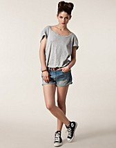 Trousers & shorts , Levi Denim Shorts , Levis - NELLY.COM