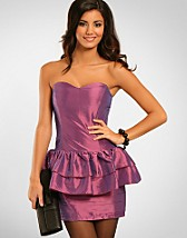 Mollie Peplum Dress SEK 349, Rare Fashion - NELLY.COM