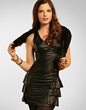 Wetlook Frill Dress SEK 399, Rare Fashion - NELLY.COM