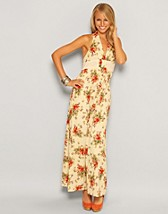 Floral Halter Dress SEK 239, Rare Fashion - NELLY.COM