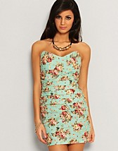 Floral Tube Dress SEK 499, Rare Fashion - NELLY.COM