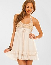 Embroidery Halter Dress SEK 399, Rare Fashion - NELLY.COM