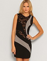 Swirl Lace Cut Out Dress SEK 159, Rare Fashion - NELLY.COM