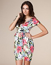 Printed Dress SEK 499, Rare Fashion - NELLY.COM