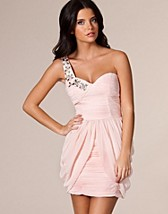 Embellished Cup Dress SEK 579, Rare Fashion - NELLY.COM