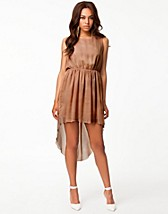 Party dresses , Chain Back Dip Hem Dress , Rare London - NELLY.COM