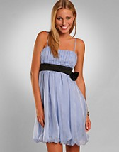 Sawy Dress SEK 499, Vila - NELLY.COM