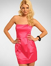Donna Dress SEK 399, Vila - NELLY.COM