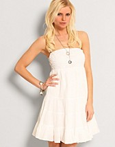 Fylla Tube Dress SEK 299, Vila - NELLY.COM