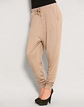 King Jersey Pants EUR 16,90, Vila - NELLY.COM