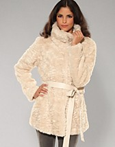 Fends Fur Jacket SEK 899, Vila - NELLY.COM
