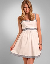 Lollita Dress SEK 299, Rut m.fl. - NELLY.COM