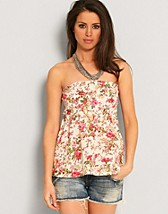 Emelie Smock Top SEK 129, Rut m.fl. - NELLY.COM