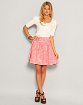 Price Emely Skirt SEK 159, Rut m.fl. - NELLY.COM
