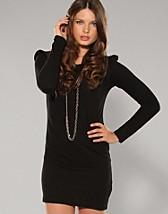 Price Glen Shoulder Dress SEK 199, Rut m.fl. - NELLY.COM