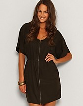Polly Zip Dress SEK 299, Serious Sally by Rut m.fl. - NELLY.COM
