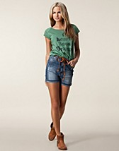 Trousers & shorts , Inez High Waist Shorts , Sally&Circle - NELLY.COM