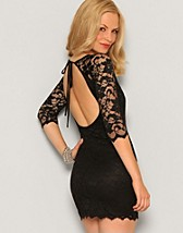 Lace Cut Out Dress SEK 399, Elise Ryan - NELLY.COM