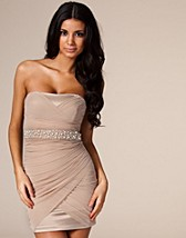 Bodycone Dress SEK 449, Elise Ryan - NELLY.COM